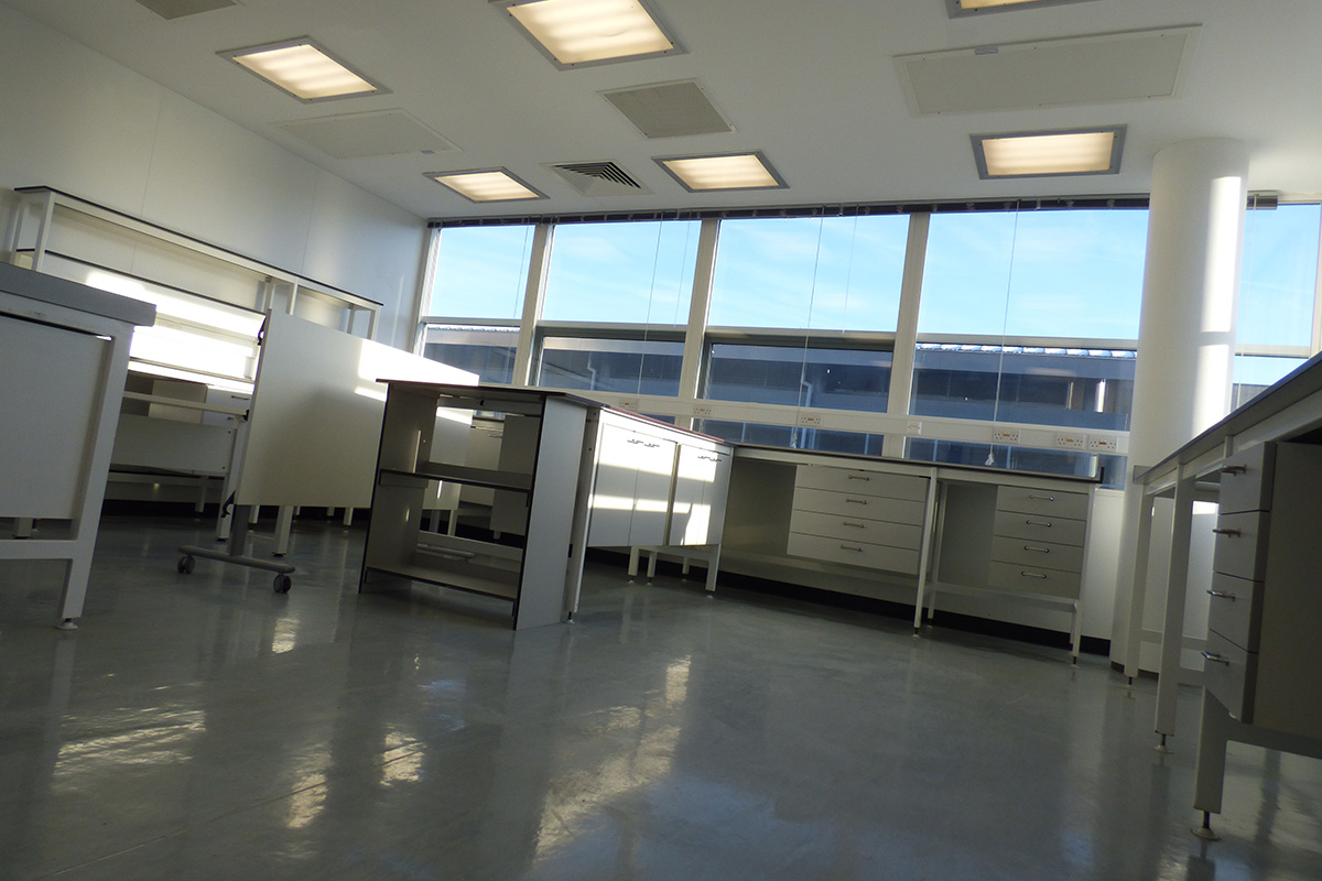 laboratory fit out of oxford science park